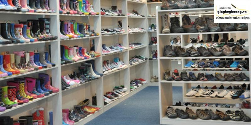 Mua ngay cửa hàng giày da nam chính hãng cao cấp ở quận 89101112 Tcphm 001