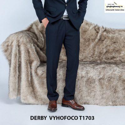 Nhân vật phối đồ với giày da nam derby vyhofoco t1703 chính hãng 004