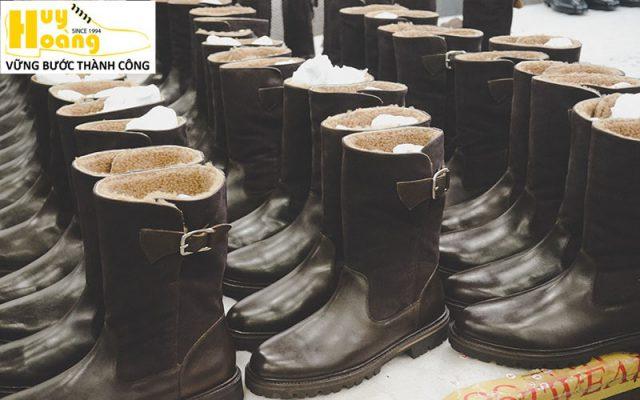 Hình ảnh giới thiệu công ty giày da huy hoàng 006