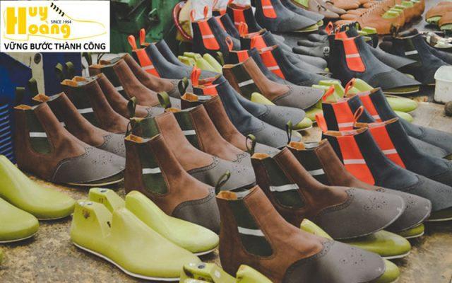 Hình ảnh giới thiệu công ty giày da huy hoàng 012