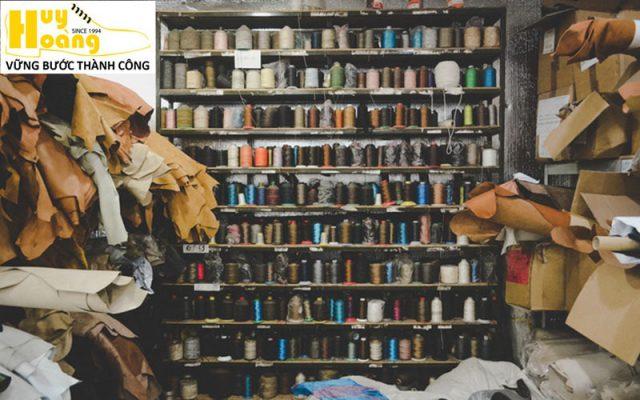 Hình ảnh giới thiệu công ty giày da huy hoàng 015