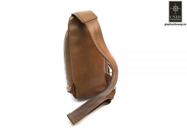 Túi đeo chéo bao tử CNES T32 003