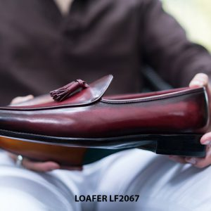 Giày lười nam chuông màu đỏ đô Tassel Loafer LF2067 004