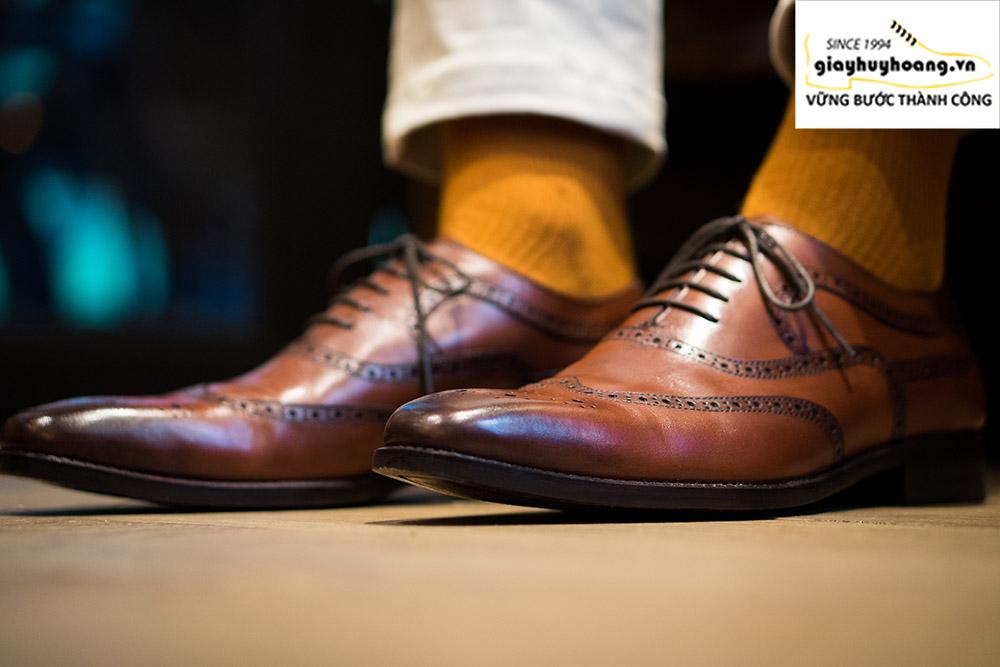 Mu bàn chân to bề ngang rộng nên mang giày tây nam nào